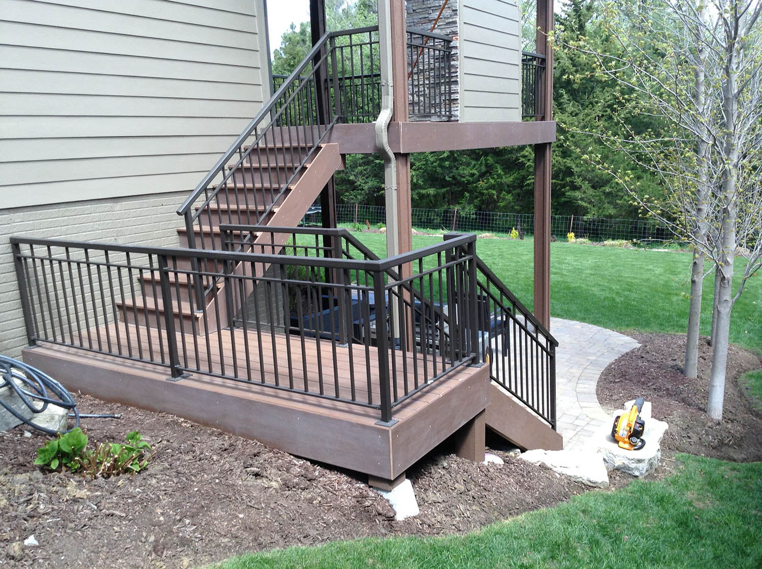 professional deck cleaning before | DeckMax®